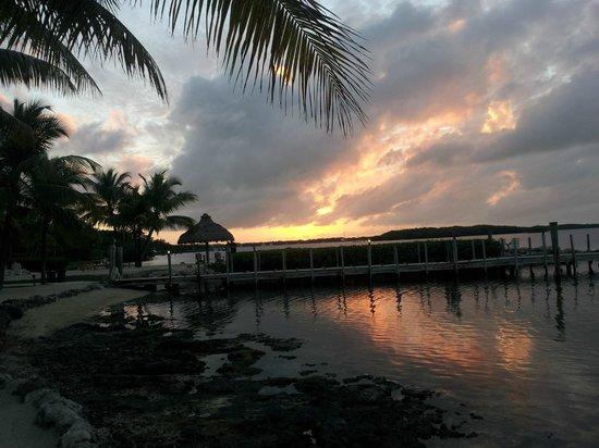 Atlantic Bay Resort : Beautiful Sunset