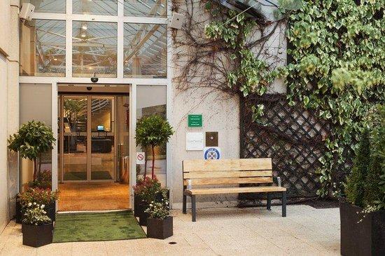 Holiday Inn Le Touquet : Hotel Entrance