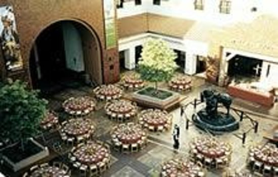 Autry Museum of the American West: the main courtyard, where they have music and special events