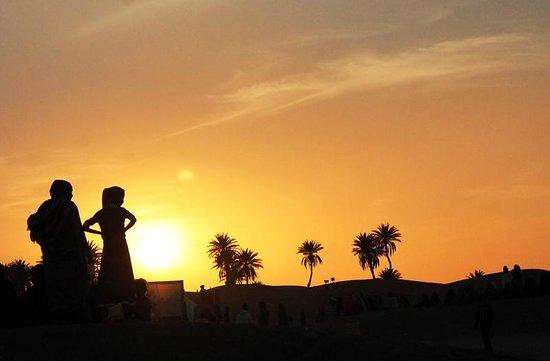 Dar Sidi Bounou : Sunset at the Taragalte Music Festival