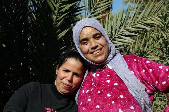 Dar Sidi Bounou : Two Rokias, who provide all our tasty food