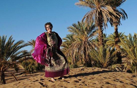 Dar Sidi Bounou : Photo shoot on the dunes