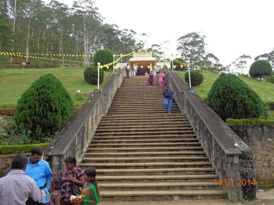 Sri Baktha Hanuman Temple: Stairs leading to the temple.
