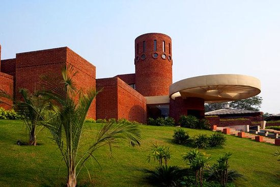 Westin Sohna Resort and Spa: Exterior View