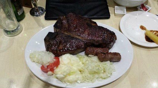 Glenelg Barbeque Inn: 800g Texas T-Bone with salad