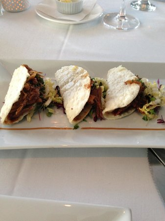 Vintage Bar & Grill: Duck Tacos