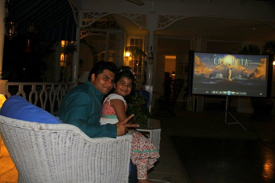 Goblin Hill Villas at San San : me and my daughter at the lobby..movie time
