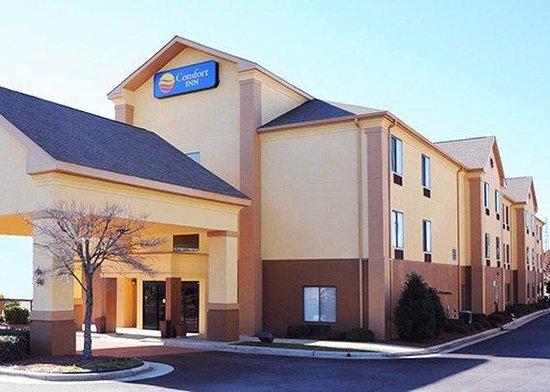 Comfort Inn : exterior