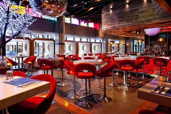 Four Points by Sheraton Levis Convention Centre: Restaurant