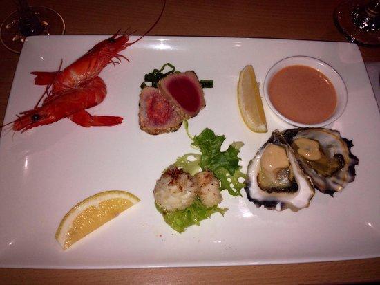 Merimbula Aquarium and Wharf Restaurant: Seafood tasting plate