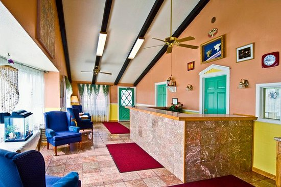 Americas Best Value Inn - Arkansas City: Lobby