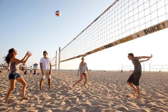 Kimpton Shorebreak Hotel: Huntington Beach Volleyball