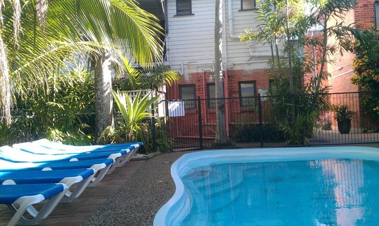 Mad Monkey Backpackers Cairns : Pool