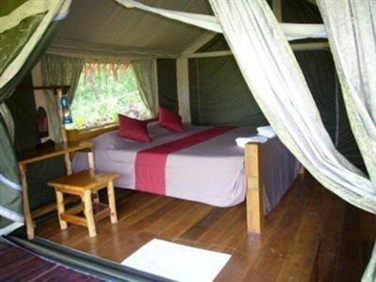 Tenta Nakara: Guest Room