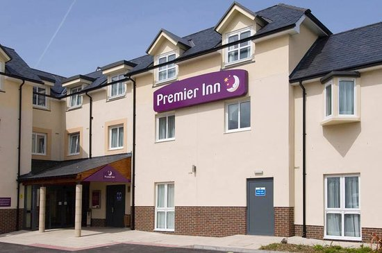 Premier Inn Newquay (Quintrell Downs) Hotel: Exterior