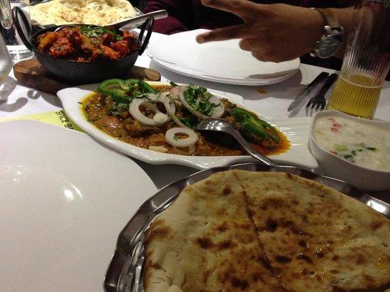 Spice Bazzar: Garlic Naan, Mixed Karai, Monkfish Bhuna & Peshwari Naan