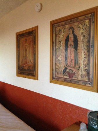 Esplendor Resort at Rio Rico: Lovely picture of Madonna