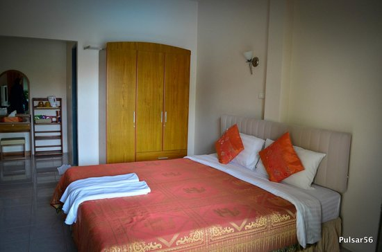 Sansuko Ville Bungalow Resort: The spacious,comfortable room