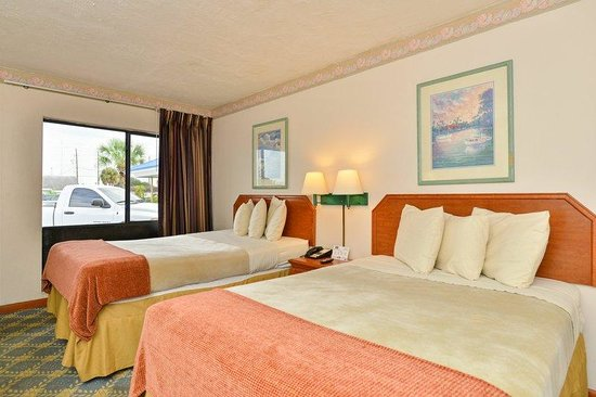 Budget Inn Okeechobee: Two Queen Room