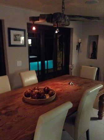 Hog Hollow Country Lodge : huge kitchen with outside private pool seen in background!