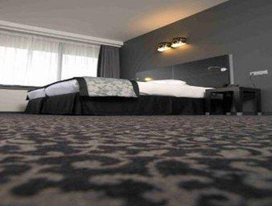 Ramada Brussels Woluwe : Business Type Room
