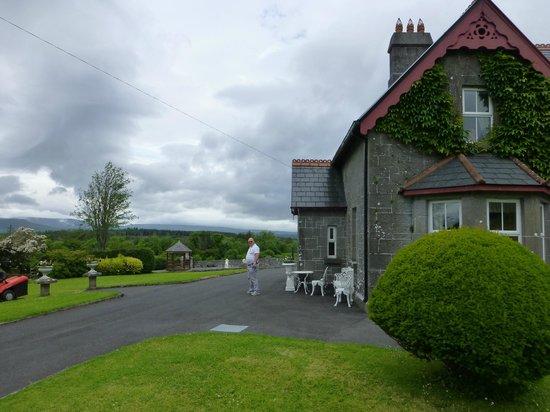 Ballykine House: view of an area around the house
