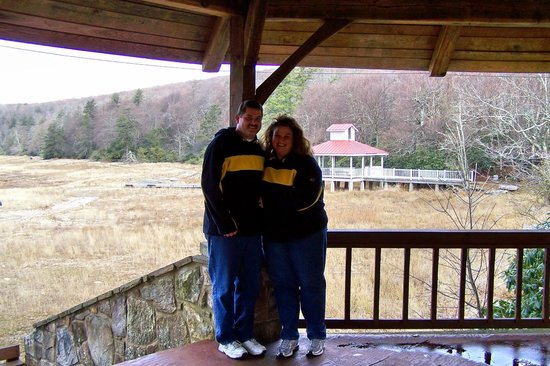 Mountain Lake Lodge: us in gazebo