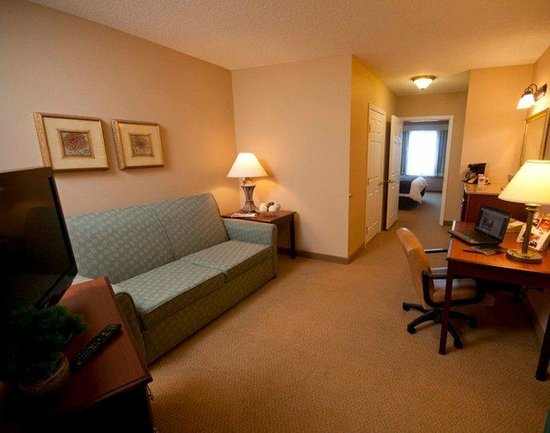 Town & Country Inn and Suites Quincy: Executive Suite