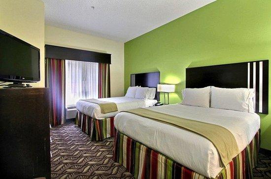 Holiday Inn Express Savannah S I-95 Richmond Hill : 2 Queen Bed Guest Room