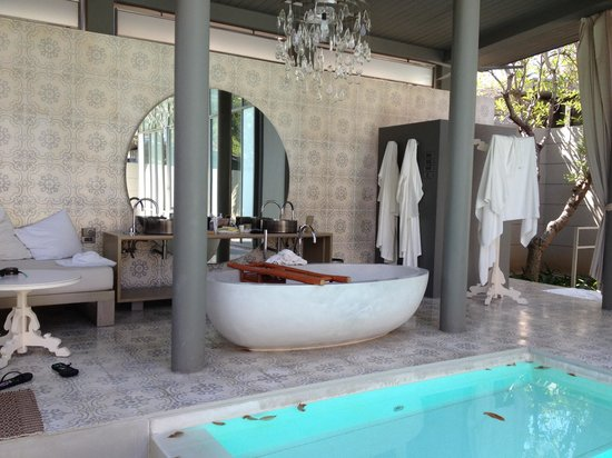 SALA Phuket Resort & Spa: Badezimmer