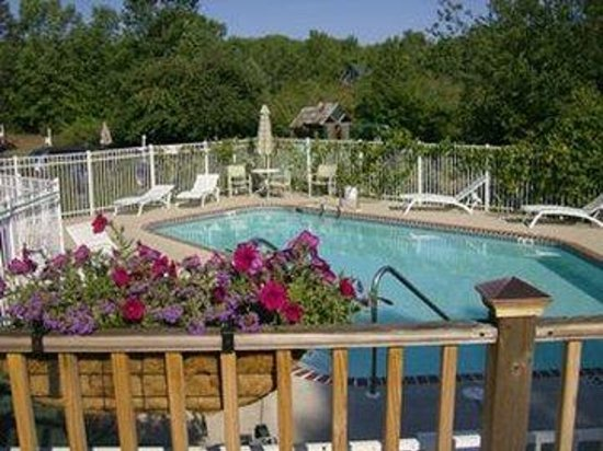 Ephraim Motel: Outdoor Pool