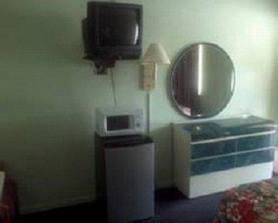 Palm City Motel: Guestroom Amenities