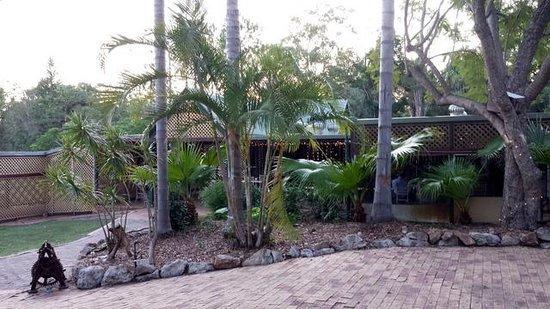 Penny Lane Gardens Restaurant: Garden dining area