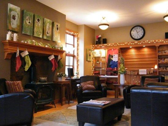 Dancing Bear Inn: Lobby