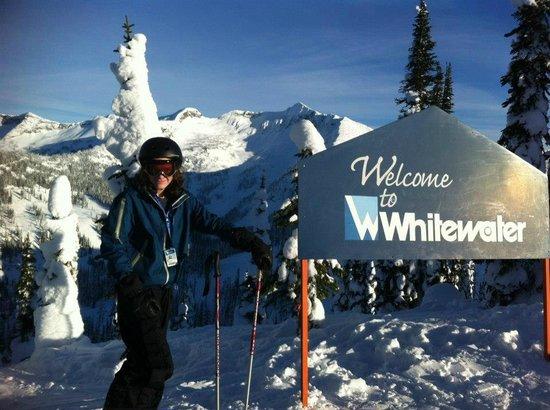 Dancing Bear Inn: Skiing
