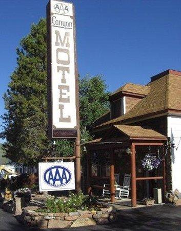 The Canyon Motel: H