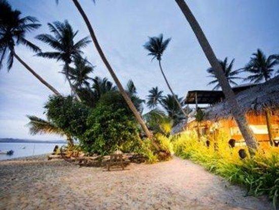 Robinson Crusoe Island Resort: Beachfront