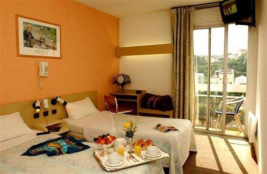 Miramont Hotel: Room View