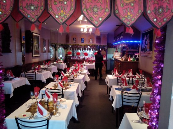 Ameer Tandoori Restaurant: ameer Valentine's day decoration