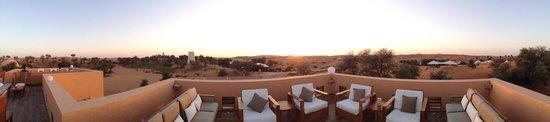 Banyan Tree Al Wadi : Moon Bar sunset dining