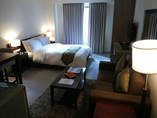 Azalea Residences Baguio : Room Overview