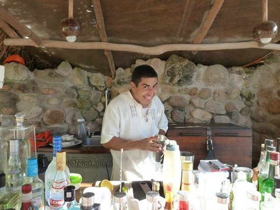 Playa Escondida: Beach bar and Jose