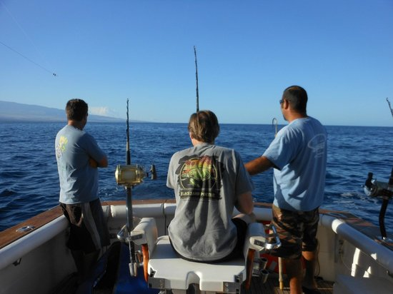 Reel screamer picture of kona family fishing charters for Hawaii fishing charters