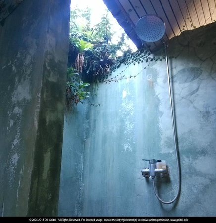 Horizon Resort Koh Kood: open air bathroom - and no creepy crawlies