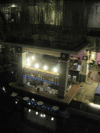 Permata Kuta Hotel by Zeeti International : Night view