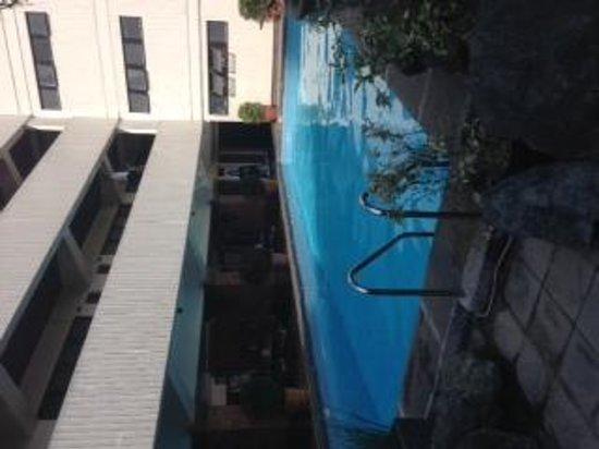 Copacobana Apartment Hotel: プールサイド