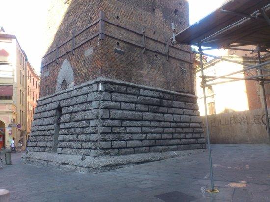 Torre Prendiparte: 一番下の部分です