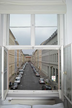 Arte Luise Kunsthotel: Looking up theh opposite street to Albrechstrasse and its restaurants and bars