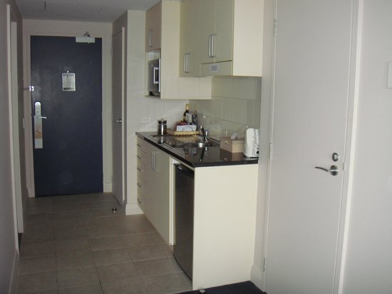 The Spencer on Byron Hotel: Small Kitchenette