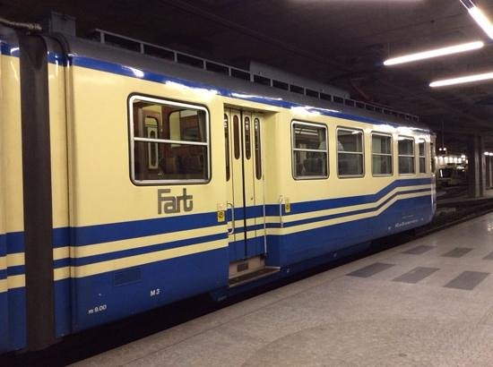Vigezzina-Centovalli Railway : the two carriage train at Lacorna low level platform